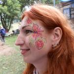 Краски Опошни в боди-арте на любимых туристах