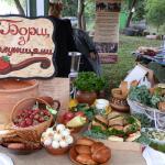 Борщ з полуницями на борщ-фест в Опошне