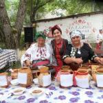 Три волшебницы хозяйки участницы конкурса фестиваль борща в Опошне!